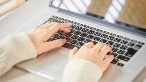 旅行ブログで稼ぎたいなら、まず記事を書くことに集中するべき理由